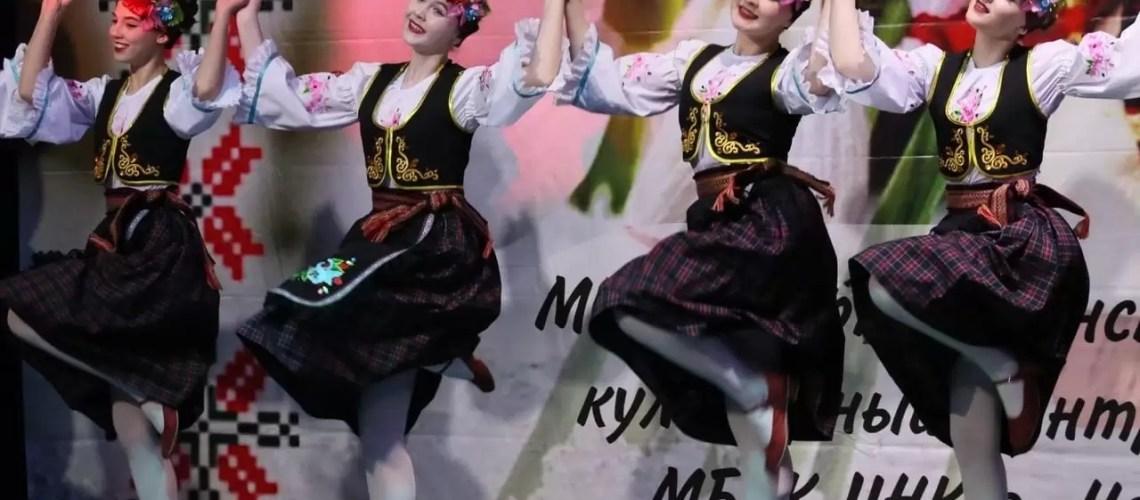 В Нефтеюганске вчера в РК «Империя» состоялся музыкальный фестиваль «Мэрцишор-2021.