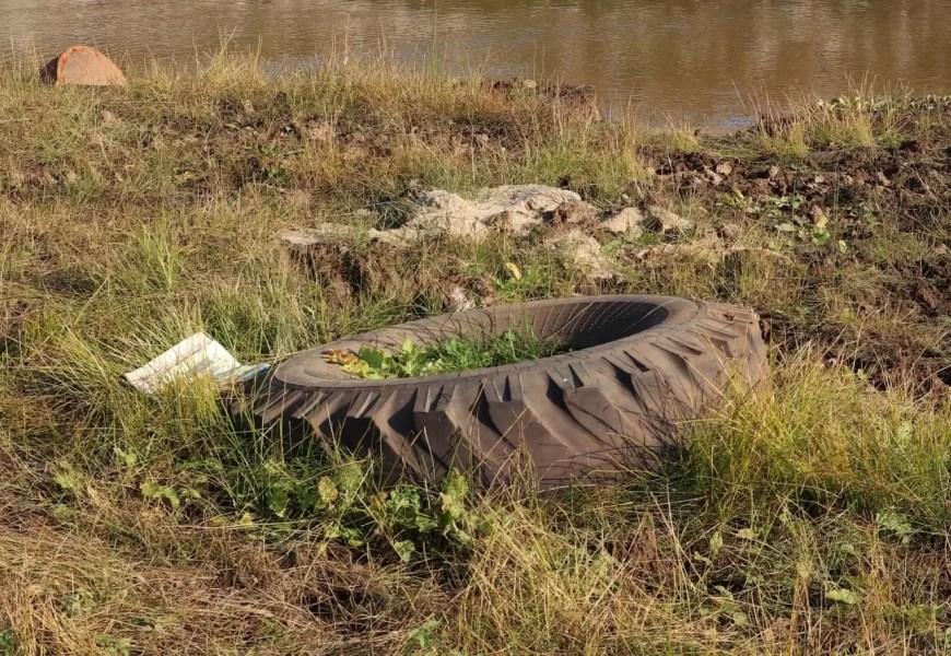 В Нефтеюганском районе хотят запустить проект по переработке старых автопокрышек