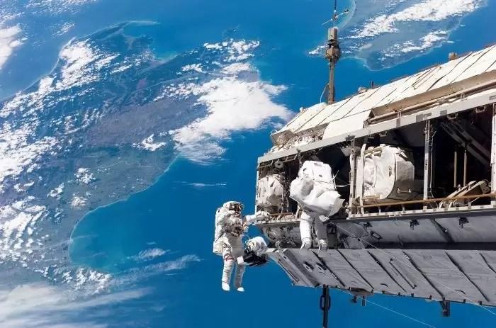 Мы построим свою орбитальную станцию. Россия откажется от МКС