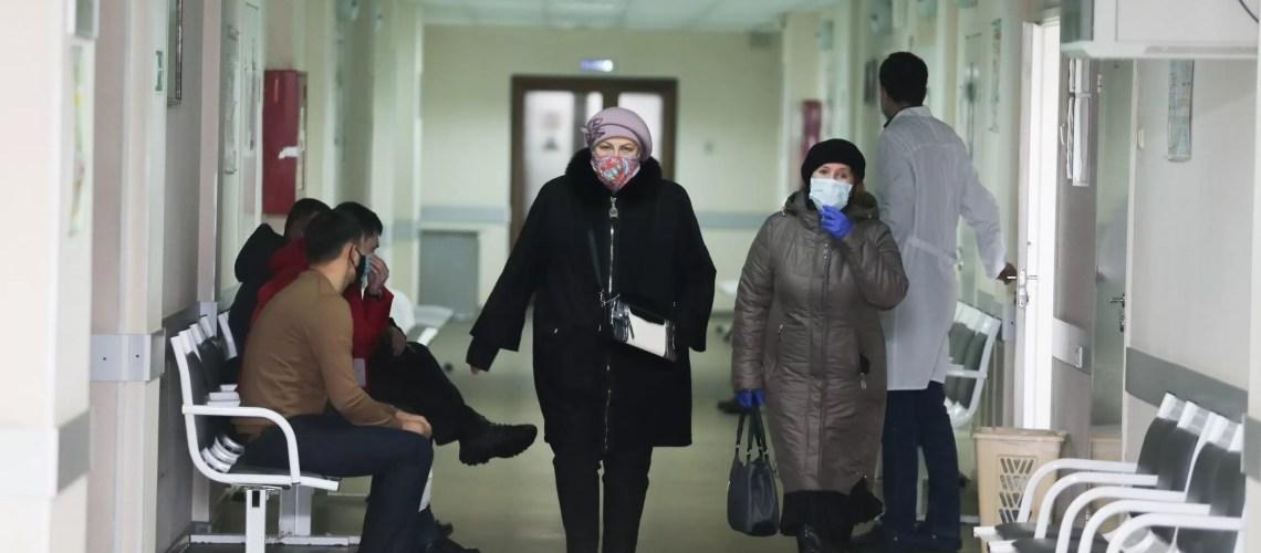 В Югре продолжается эпидемия ОРВИ среди взрослых