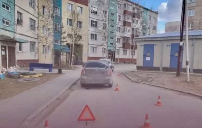 В Нефтеюганске сбили ребенка, выбежавшего из-за припаркованного авто