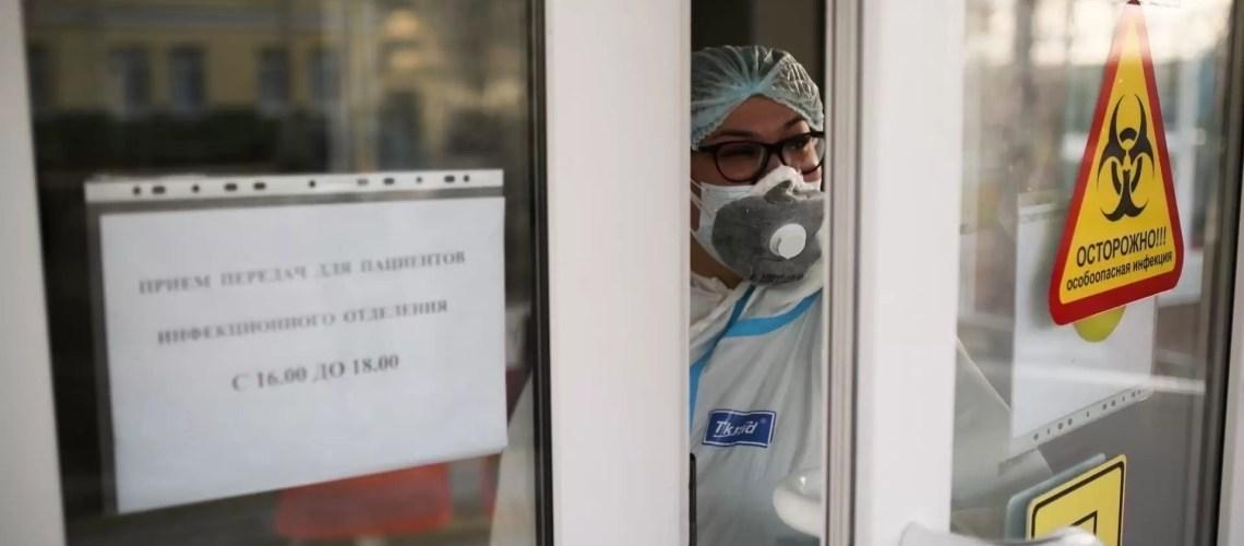 Эпидемиолог Пшеничная назвала условие для завершения пандемии COVID-19