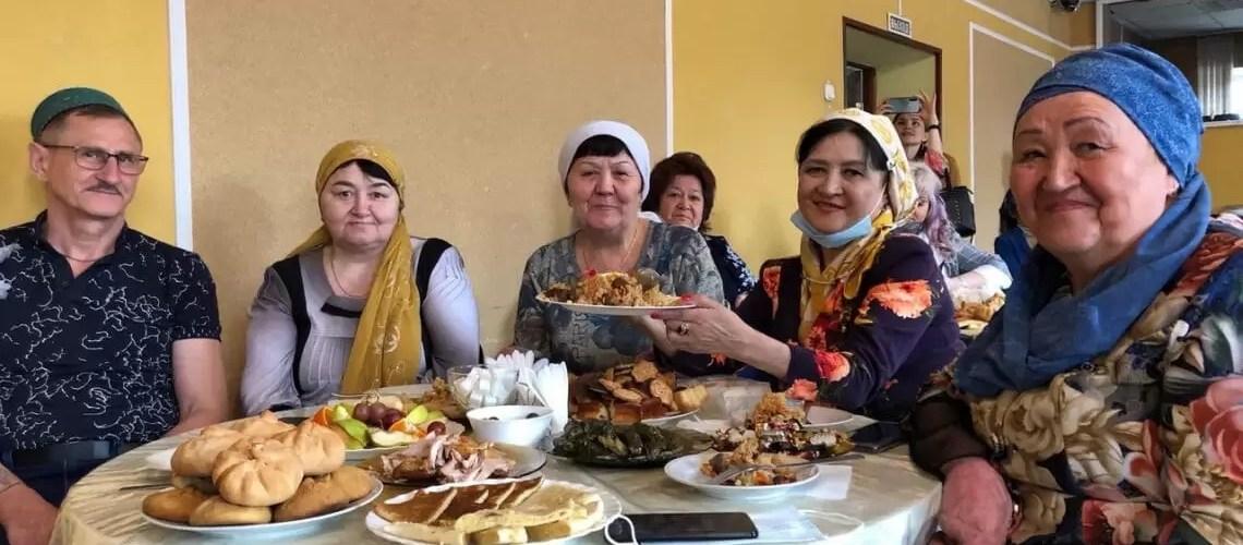 Мусульмане Нефтеюганска отпраздновали Уразу-байрам.