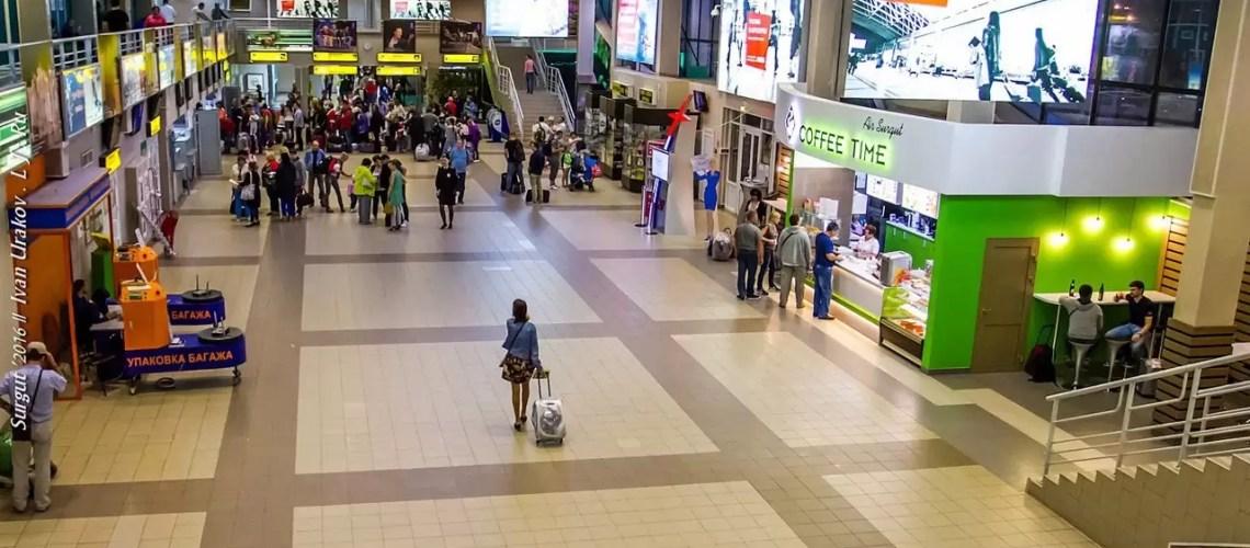 Почти половина россиян не поедет в отпуск из-за безденежья или падения доходов