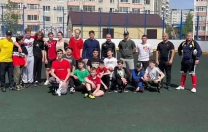 Полицейские Нефтеюганска приняли участие в дружеском матче с хоккейной командой «Нефтеюганские медведи-2006».