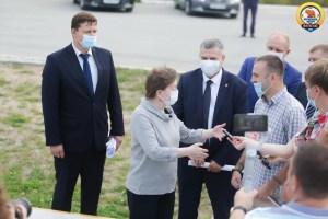 Губернатор Югры Наталья Комарова сегодня работает в Нефтеюганске