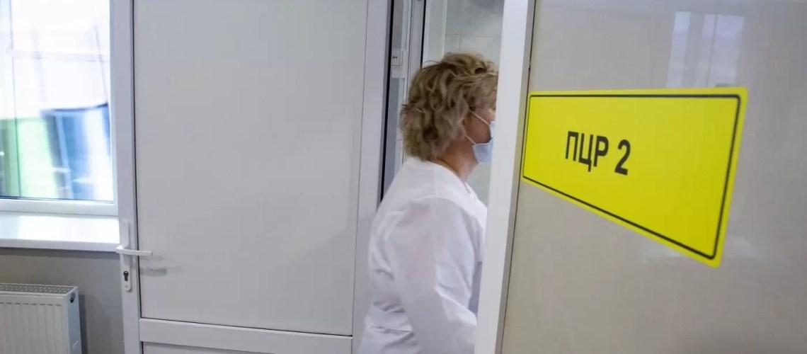 Жители Югры обращаются к омбудсмену в связи с обязательной вакцинацией