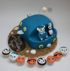 Octonauts Submarine and Mini Cupcakes