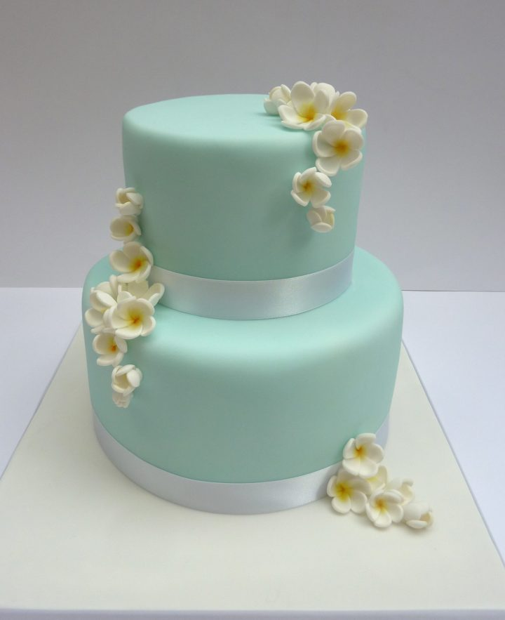 2 Tiered Frangipani Cake