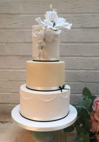 Modern Flower Wedding Cake