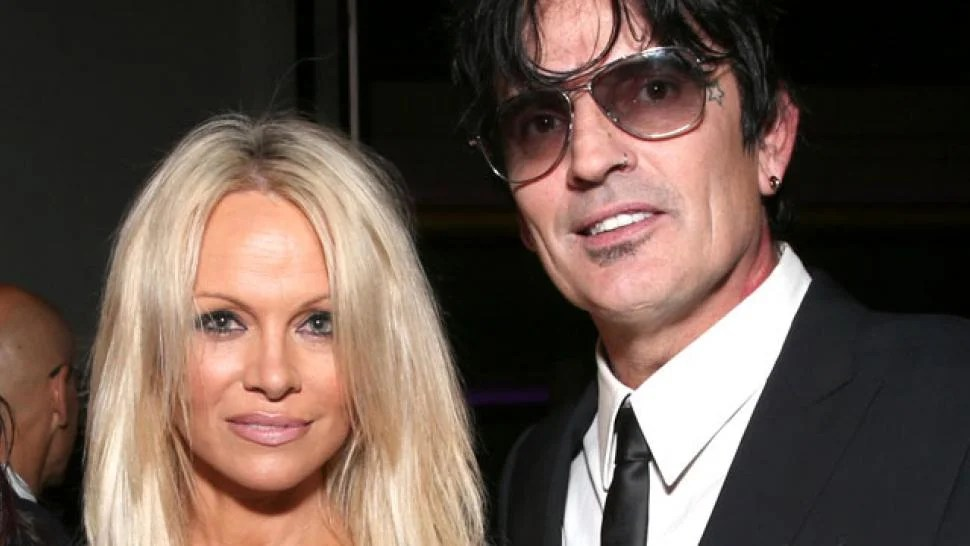 Pamela Anderson Greets Exhusband Tommy Lee With A Kiss At