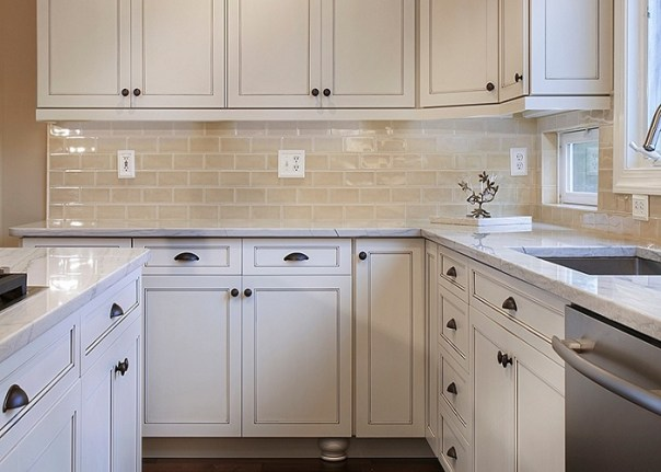 Use Pulls or Nobs to Refresh the Cabinets - Best Kitchen Renovations - ET Painting