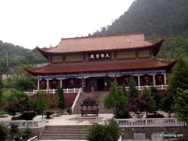 xiushan-temples-3-001
