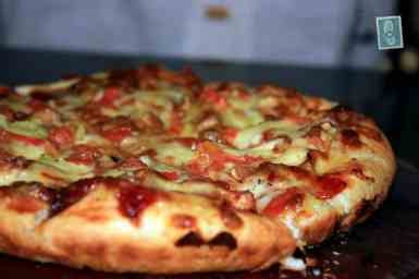 Delicious spicy pizza in Galle