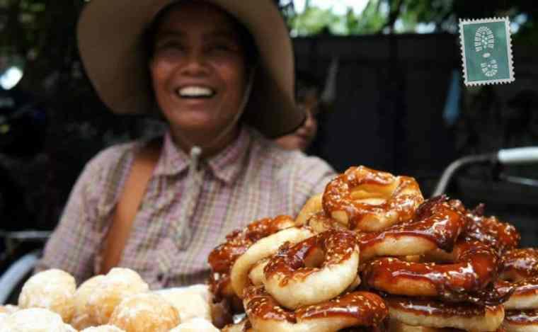 Khmer lady smiling