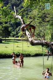 Blue Lagoon, jumping from the tree, back-flip