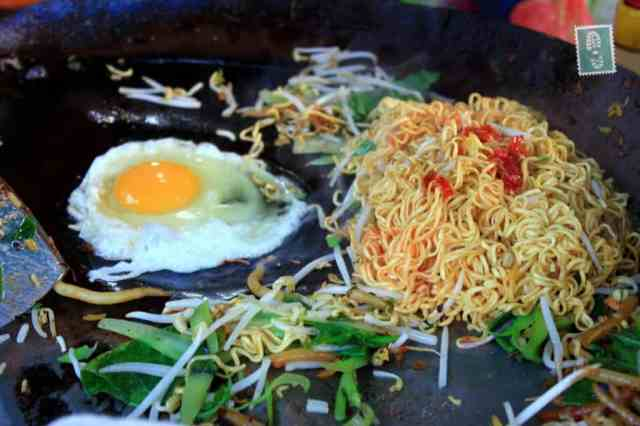 Turning instant noodles into a dish - Khmer style