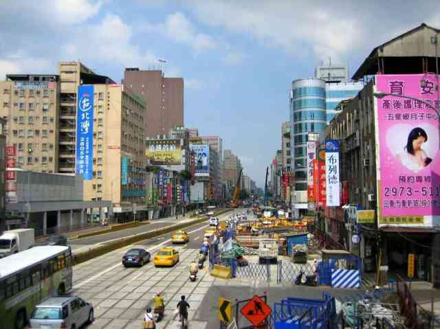 Life is busy in Taiwanese cities