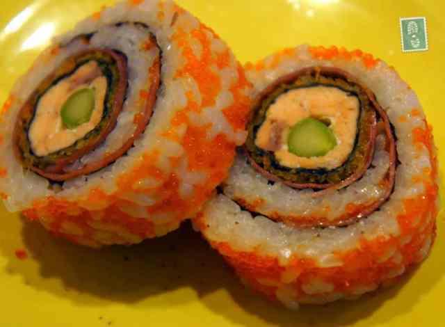 Tunaand cucumber Futomaki