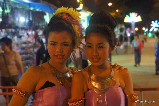 Thai girls wearing traditional Thai clothes