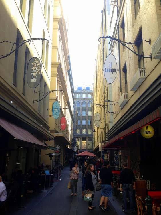 Street side cafes in Melbourne