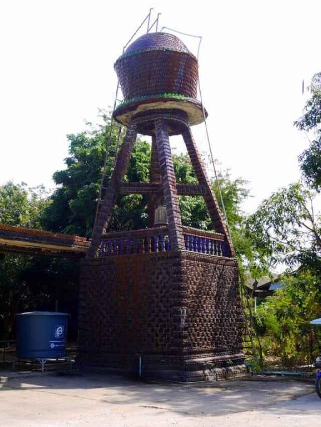 water-tower-made-from-bottles-thailand