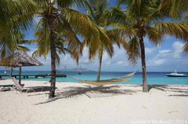 beach hammock Grenadines-001