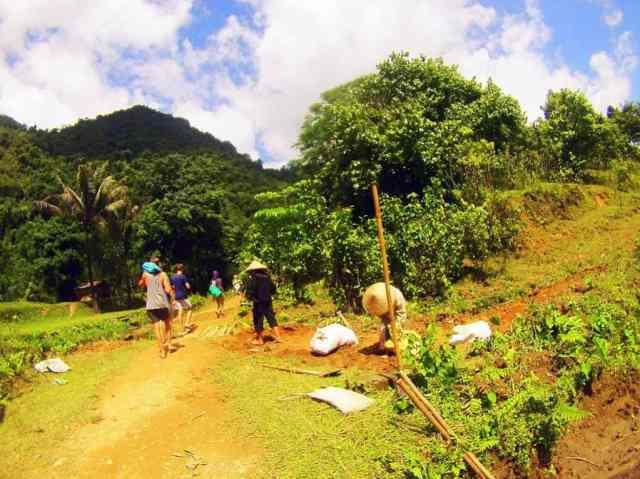 Hmong-Village-People-Vang-Vieng