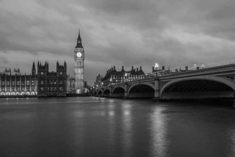 london-in-black-and-white-big-ben