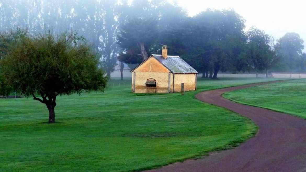 a house in tasmania