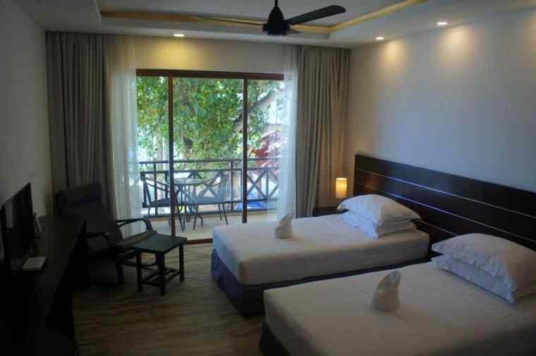 Room at Canopus Retreats
