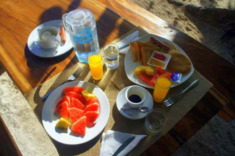 Breakfast on the beach