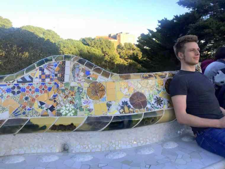 Cez chilling in Barcelona