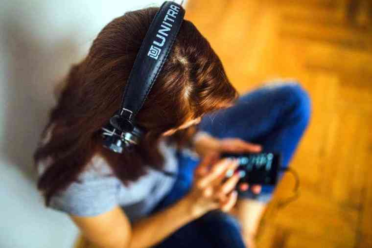 Woman and her playlist