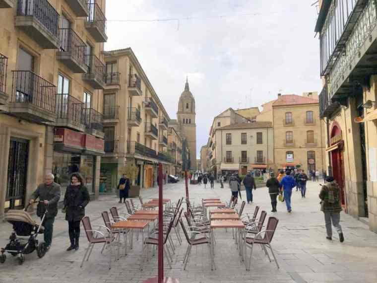 Strolling_in_Salamanca