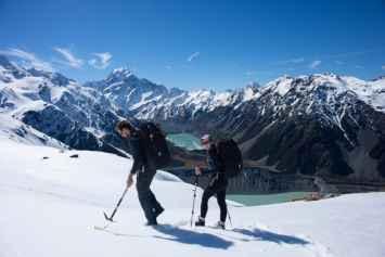 winter alpine hiking in new zealand