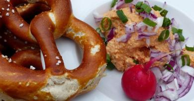 Ready To Meet 11 Typical Munich Foods That Cannot Be Missed