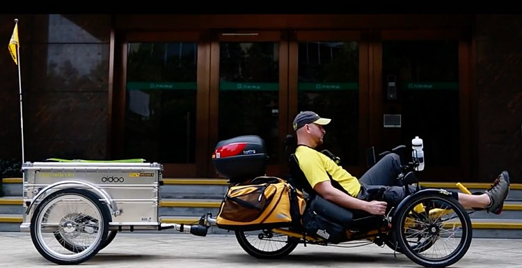 VIDEO – JaYoe World Tour On A Recumbent Trike