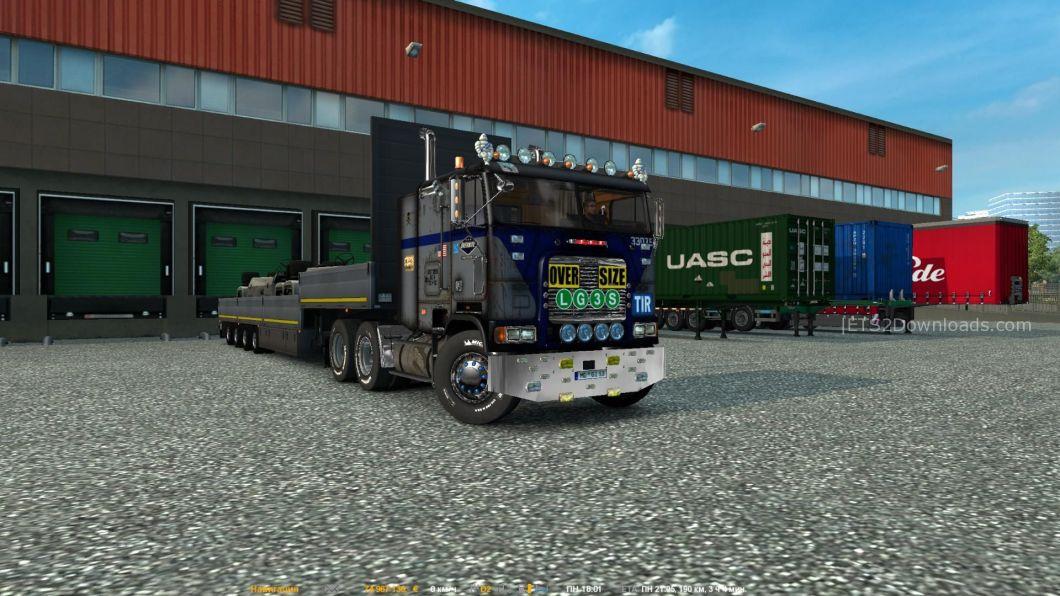 freightliner-flb-2-6