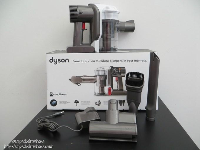 dyson dc43h mattress handheld review et speaks from home. Black Bedroom Furniture Sets. Home Design Ideas