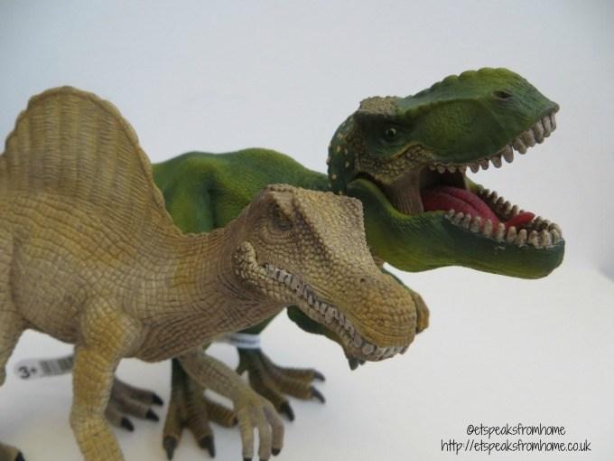 Schleich Dinosaur Review
