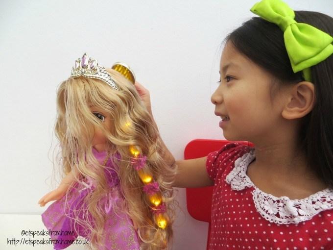 hair glow rapunzel