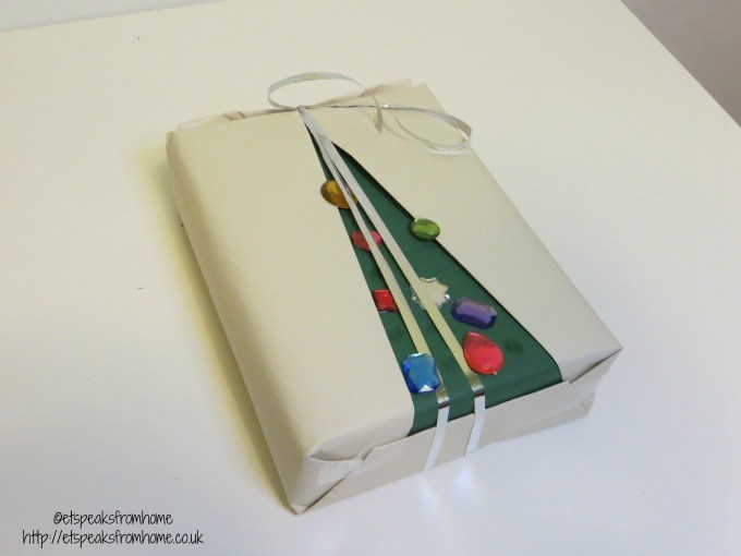 christmas tree wrapping string