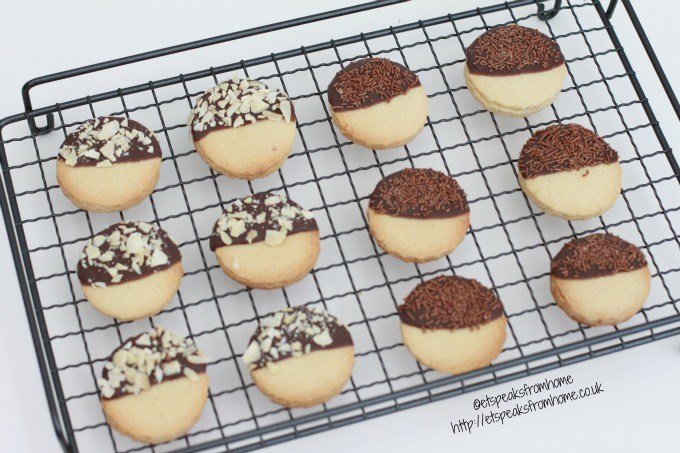 almond cookies with chocolate