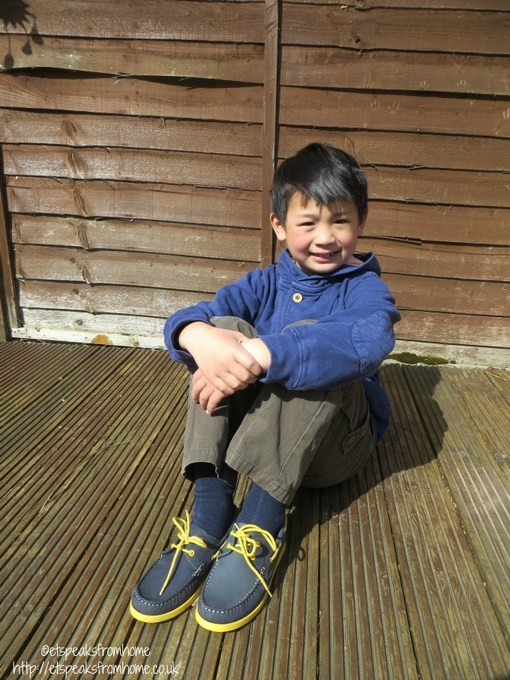 chatham boy shoe