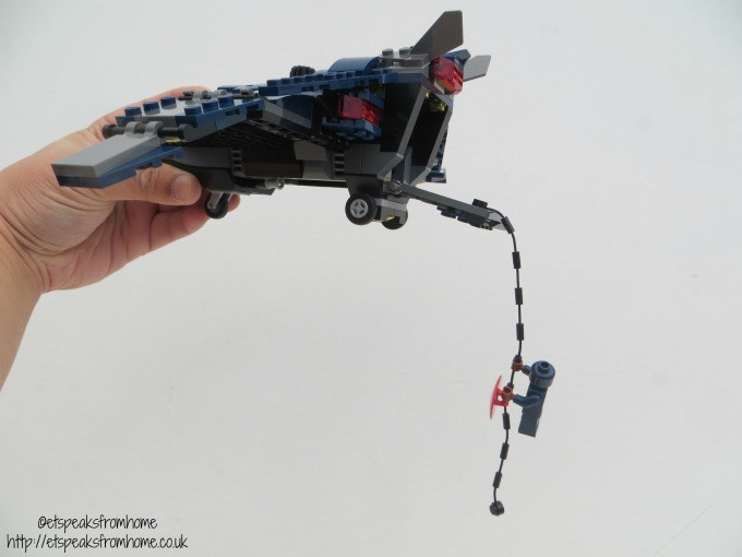 lego marvel super heroes quinjet with captain america