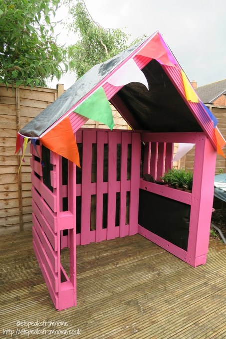 pallet playhouse how to build