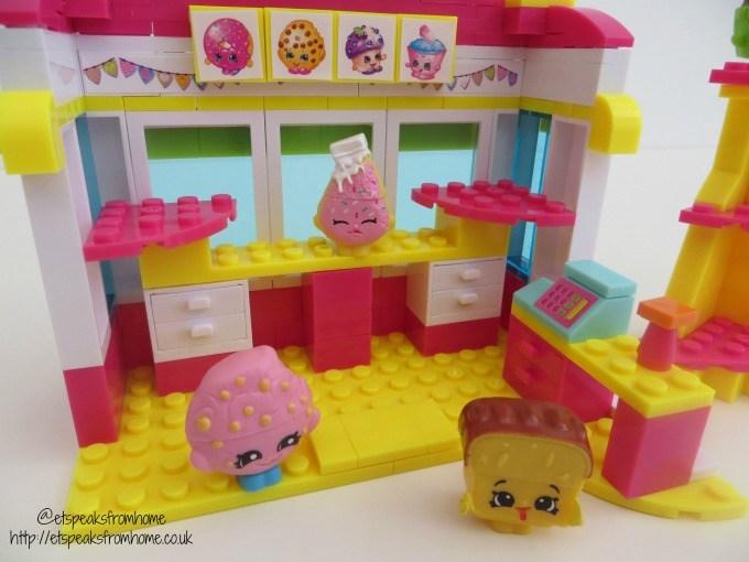 shopkins kinstructions bakery