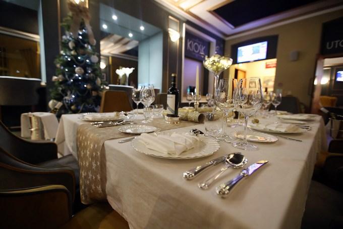 arthur price perfect christmas table event