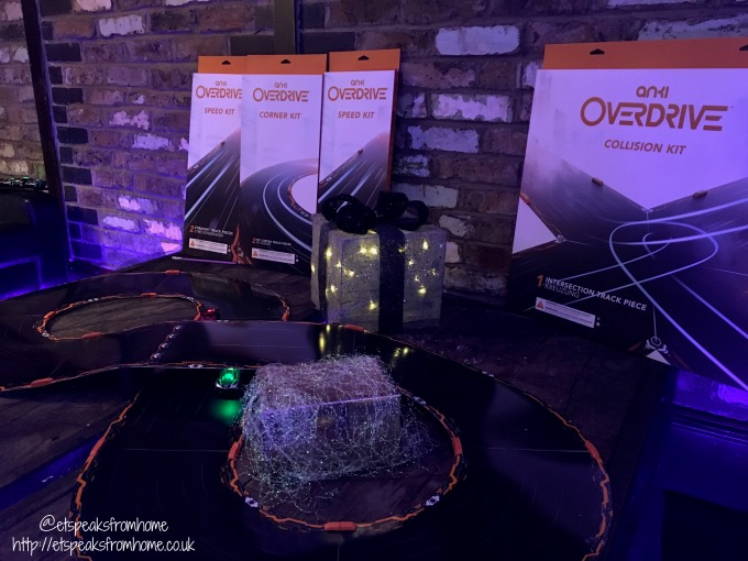 anki overdrive christmas event kit